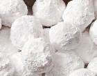 Make Almond Snowballs This Holiday!
