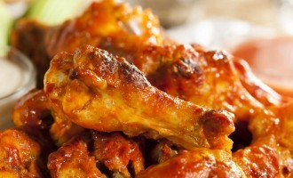 Tender & Spicy Hot Wings! (Great In A Pinch)