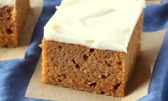 When You Want Something That Tastes Like Fall & Has Loads Of Pumpkin These Brownies Deliver!