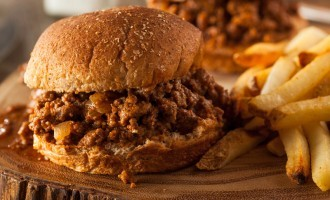 Slow Cooked Sloppy Joe Sandwiches With A Secret Ingredient… You're Never Gunna Guess What It Is!