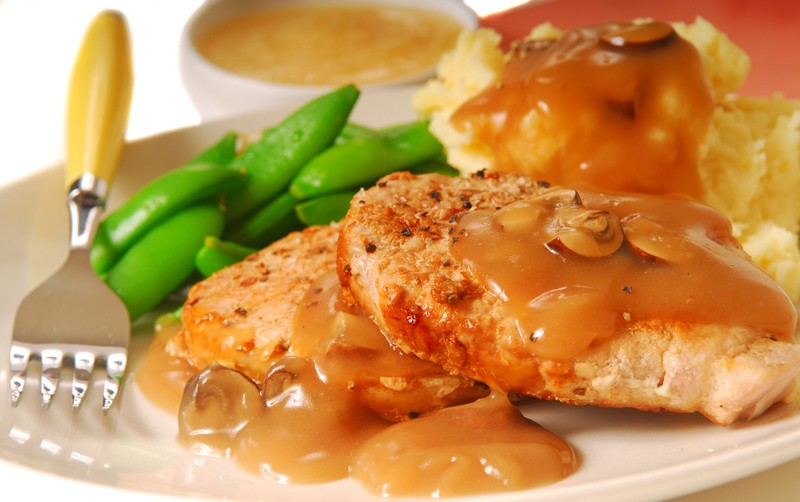 ... Cooker Creation: Creamy Ranch Pork Chops & Potatoes | Recipe Station