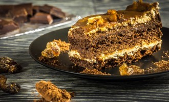 This HERSHEY'S Chocolate Walnut Pie Just Might Have YOU Whipped!