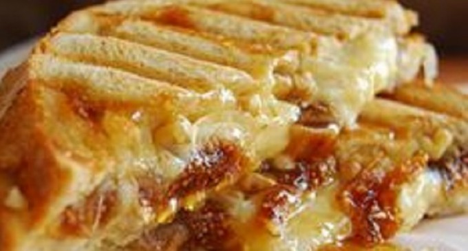 This Grilled Cheese Sandwich Is Unlike Anything You've Ever Had Before!