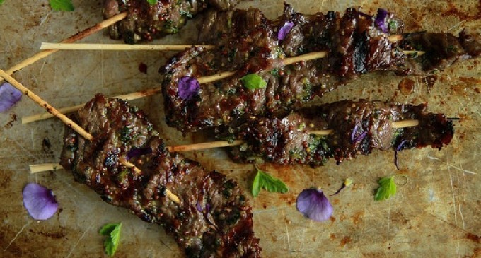 These Garlic Mustard & Maple Chili Beef Skewers Are Incredible – You ...