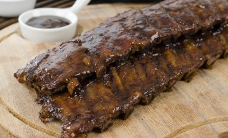 The Secret To These Sweet & Spicy Ribs Is The Asian Marinade We Added – The Result Are Mouthwatering!