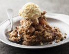 This Light Apple Pear Crumble Is The Perfect After Dinner Dessert Or Late Night Treat You've Been Craving