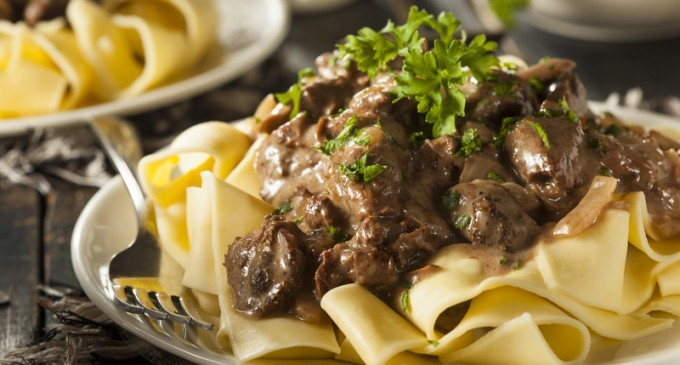 This One Pot Beef Stroganoff Only Needs Five Basic Ingredients & Can Be Made In Half An Hour