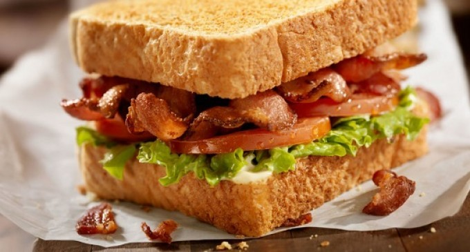 The Next Time You Have A BLT Make Sure You Do This With The Bacon – It Makes Them Even Better!