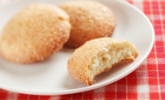 These Snickerdoodle Cookies Have A Surprise Inside & We Still Can't Believe How Amazing They Taste!
