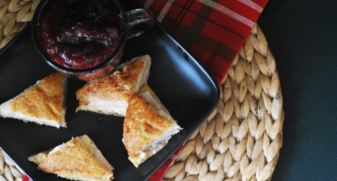 These Eggnog Monte Cristo Sandwiches Are A Perfect Holiday Lunch