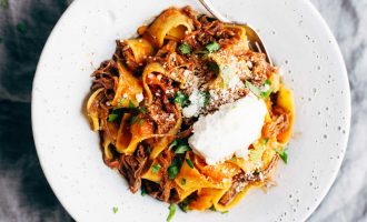 This Slow Cooker Beef Ragu With Pappardelle Is How Comfort Food Should Be And Is Perfect For A Weeknight Dinner!