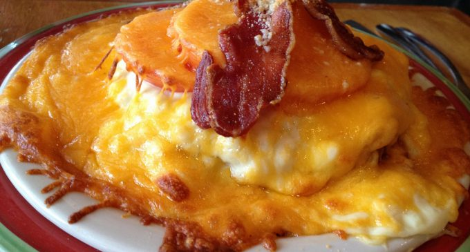 This Kentucky Hot Brown Sandwich is an Irrestiable Classic