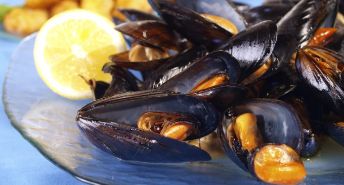 These Steamed Mussels Are Fantastic and So Easy