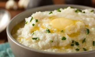 These Cauliflower Mashed Potatoes Tasted So Delicious, We Almost Forget They Weren't Made From Potatoes!