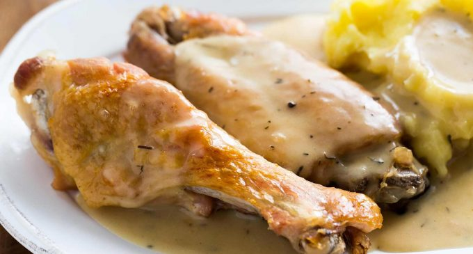 These Smothered Turkey Wings Are A Southern Favorite And Make A Fantastic Dinner!
