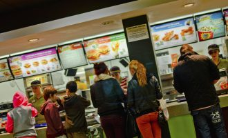 8 Things You Should NEVER Do in a FAST FOOD LINE!!!