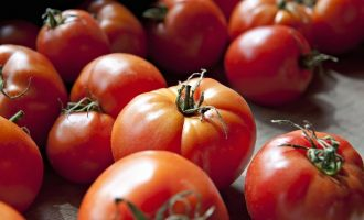Stop Ruining Tomatoes With This Age Old Trick