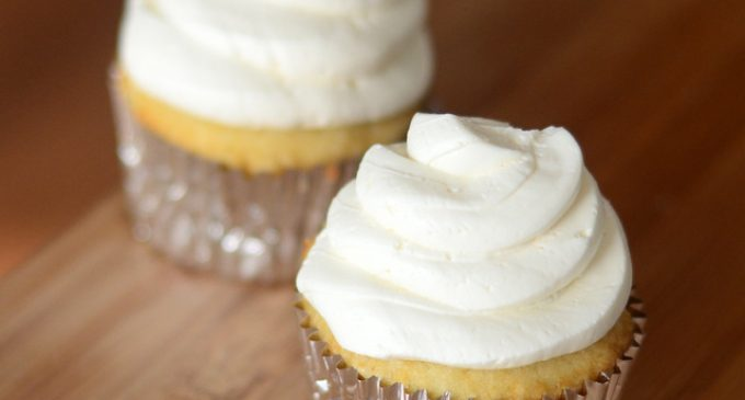 This No-Cook Buttercream Frosting Is Delicious and Easy to Make