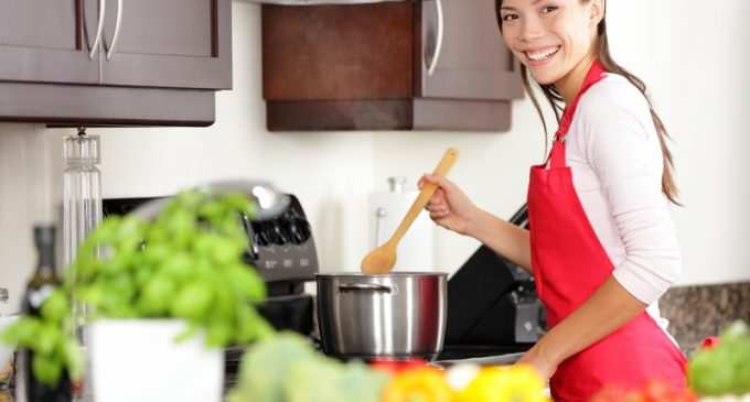 Make Dinner Faster With These 7 Simple But Ingenious Tips