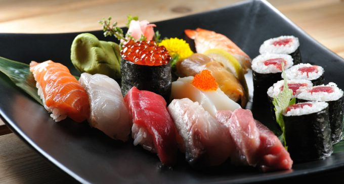 Follow These Tips to Eat Sushi Safely