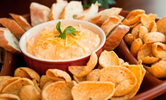 Crockpot Buffalo Chicken Cheese Dip Is The Best Thing Ever Created