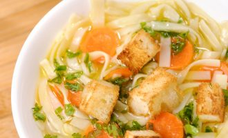 We Love This Sauteed Veggie Noodle Bowl With No Chopping Required!