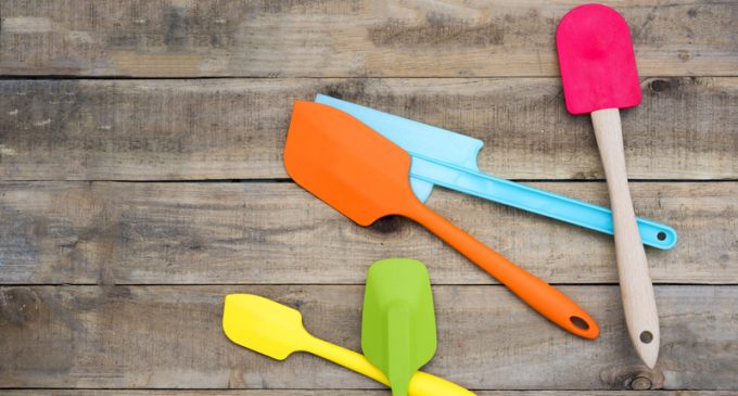 These Are Our 2 Favorite Nonstick Spatulas