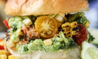These Pulled Chicken Sliders Are Loaded With Refreshing Summer Veggies