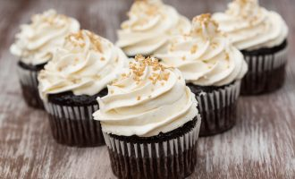 This American Buttercream Frosting Is Delicious and Easy to Make