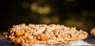 Jazz Up Any Pie With This Simple Crumble Crust Topping