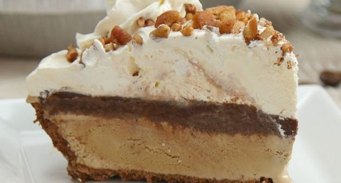 This Decadent Dessert Combines Pie, Coffee and Ice Cream