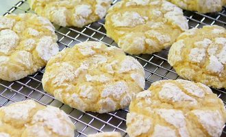 St. Louis Gooey Butter Cookies Are The Best Soft Cookies Most People Have Never Had