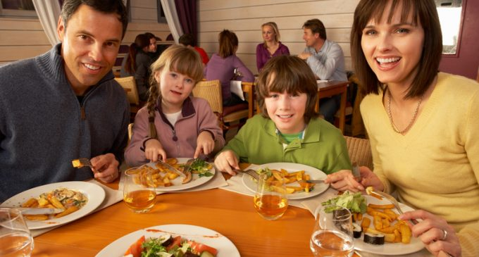 Kids Can Eat Free At These 7 Restaurants