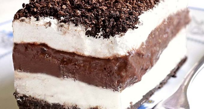 This Chocolate Lasagna Takes Just 20 Minutes and Won't Heat Up the Kitchen