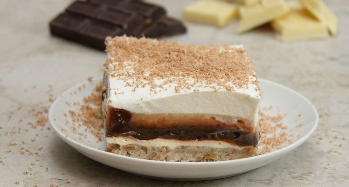 A Chocolate Cheesecake Lasagna That Will Impress Any Crowd