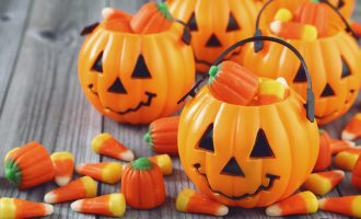 3 Simple Recipes That Incorporate Halloween Candy