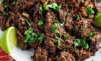 How to Make Amazing Slow Cooker Barbacoa Beef