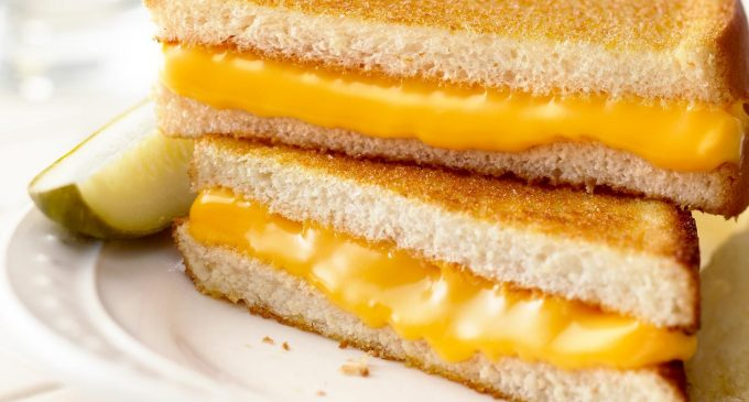 Making The Perfect Grilled Cheese Is All About This One Simple Ingredient